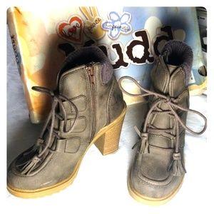 Mudd Boots